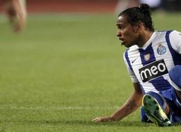 Официально: Альваро Перейра продлил контракт с Порту