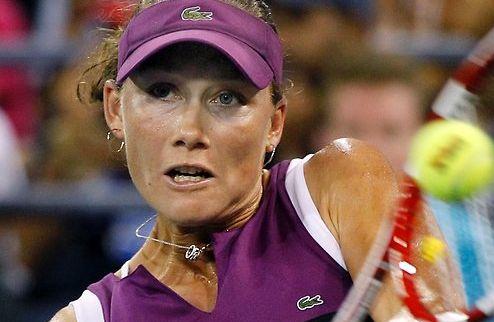 Призрак US Open продолжает преследовать Стосур, фиеста в Токио