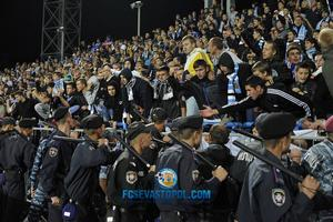 Стадион Севастополя условно дисквалифицирован на три матча