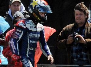MotoGP. Лоренсо был прооперирован