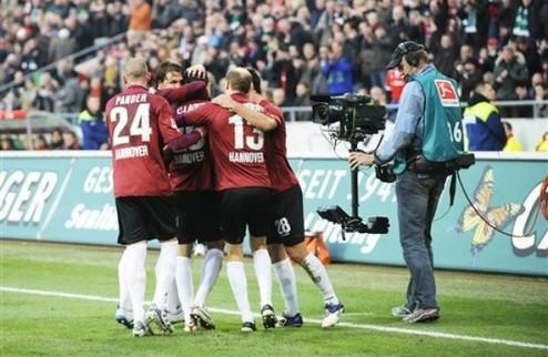 Ганновер обыгрывает Баварию, победа Шальке + ВИДЕО