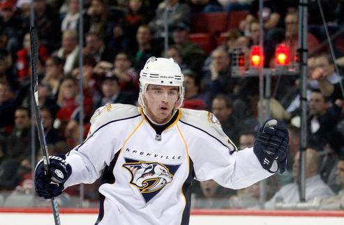 НХЛ. Форвард Нэшвилла перебрался в Финикс