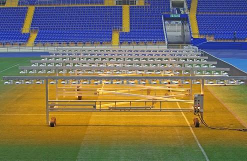 Газон стадиона Металлист будет освещать установка за 400 тысяч евро