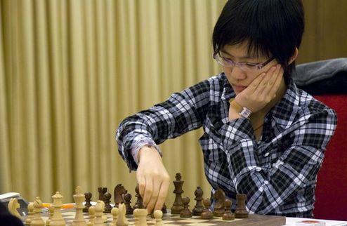 Шахматы. Китаянка лидирует в матче за мировую корону
