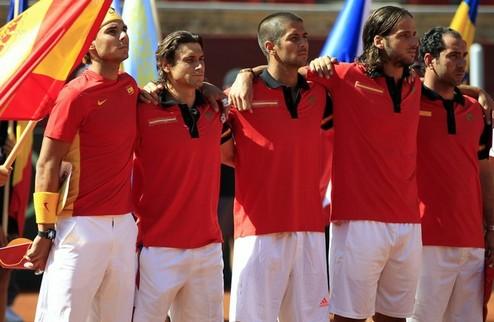 Испанцы и аргентинцы огласили составы на финал Кубка Дэвиса