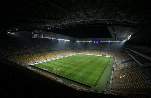 Карпаты могут сыграть с Динамо на новом стадионе