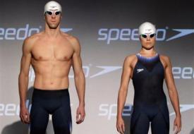 Фелпс представил новый плавательный костюм