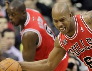 НБА. Боганс не нужен Чикаго