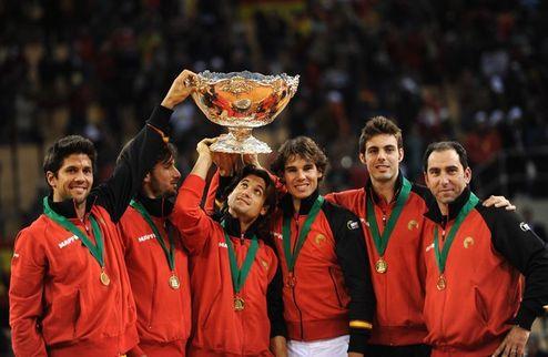 Испания все еще без капитана