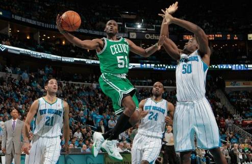 НБА. Третье поражение Бостона, волевая победа Майами, мастер-класс от Шпор