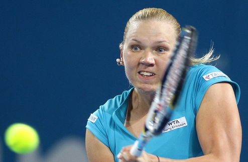 Брисбен (WTA). Канепи громит в финале Гантухову