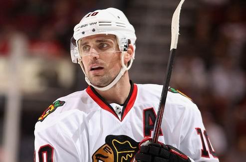 НХЛ. Чикаго: Шарп выбыл на месяц