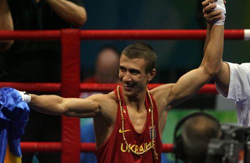 Ломаченко и Хопкинс — лучшие боксеры 2011 года