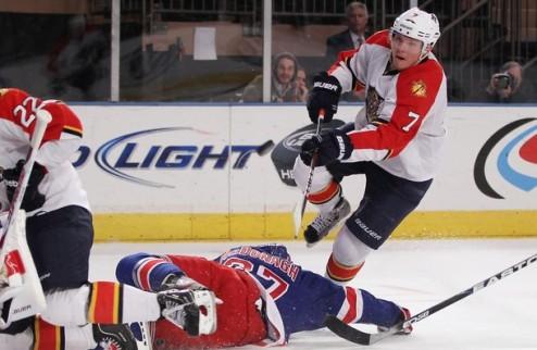 НХЛ. Защитник Флориды пропустит два месяца