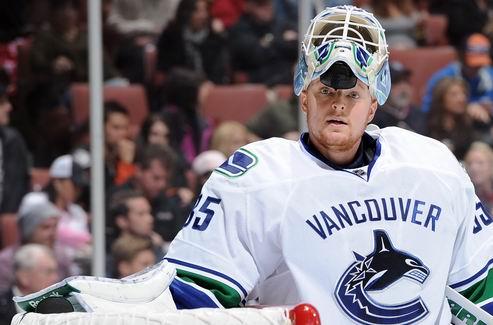 НХЛ. Ванкувер не планирует обменивать Шнайдера