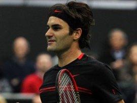 Дубаи: Федерер заработал больше Радваньской