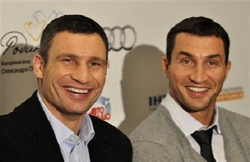 Большинство читателей iSport.ua считают братьев Кличко сильнейшими