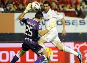 Игуаин преодолел отметку в 100 мячей за Реал