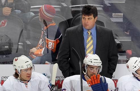 НХЛ. Тренер Айлендерс продолжит работу с командой