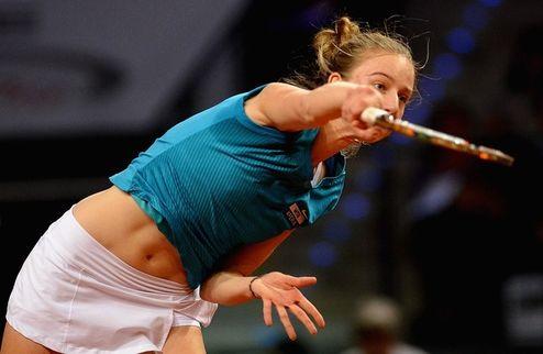 Штутгарт (WTA). Каролин Возняцки прощается с турниром