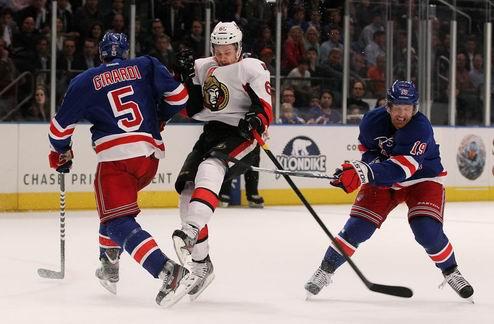 НХЛ. Нью-Йорк и Нью-Джерси выходят во второй раунд плей-офф