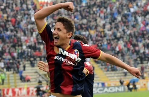 Наполи и Ливерпуль сразятся за таланта Болоньи