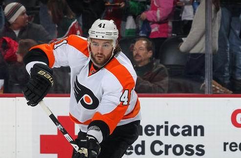 НХЛ. Филадельфия ждет возвращения защитника