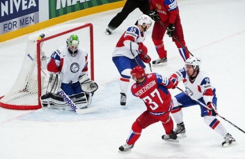 ЧМ. Россия на классе обыгрывает Норвегию, но...