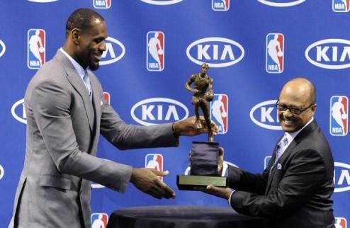 НБА. Джеймс — MVP сезона
