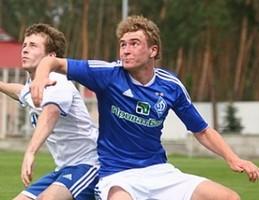 Динамо продлило контракт с Лухтановым
