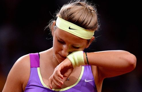 Азаренко снялась с турнира в Риме