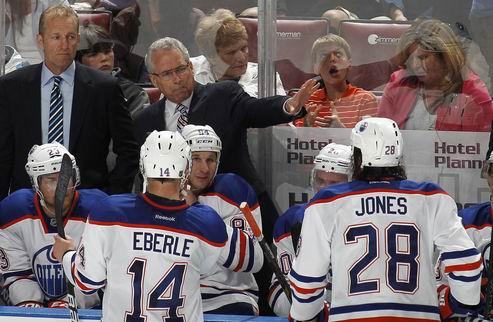 НХЛ. Эдмонтон расстался с тренером