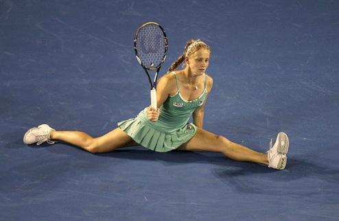 Брюссель (WTA). Арвидссон и Никулеску идут дальше, крах россиянок