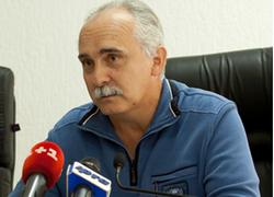 Худзик остается в Луганске