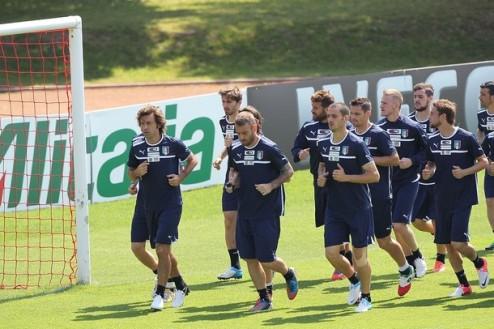 Италия объявила заявку на Евро-2012