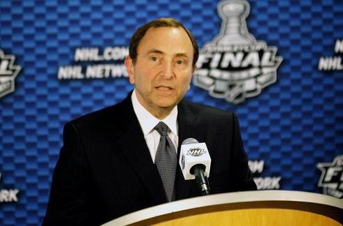 НХЛ. Лига надеется начать переговоры с профсоюзом игроков