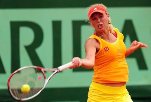Ролан Гаррос (WTA). Канепи остановила Каролин Возняцки