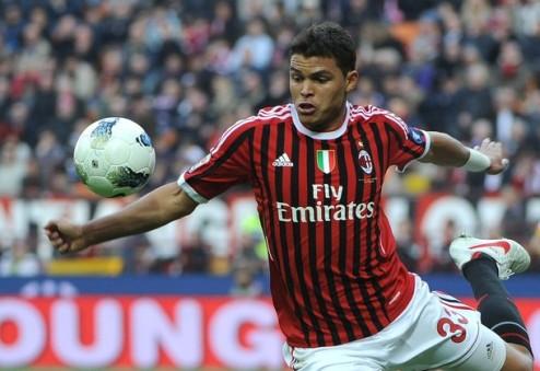 Агент: Тиаго Силва останется в Милане