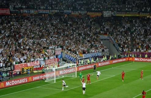 УЕФА накажет Германию и Португалию