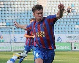 Симоненко продлил контракт с Арсеналом