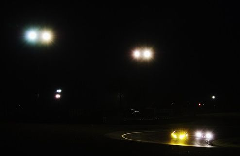 24 часа Ле-Мана. Дюваль — быстрейший на разогреве