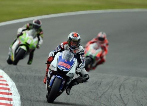 MotoGP. Гран-при Великобритании. Победа Лоренсо, прорыв Кратчлоу