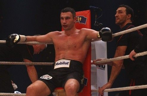 Бой Кличко — Чарр пройдет в Москве?