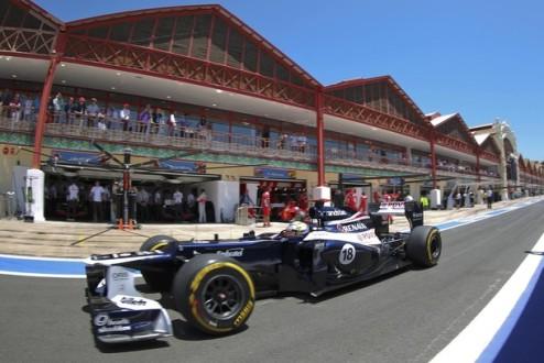 Формула-1. Мальдонадо доволен шинами
