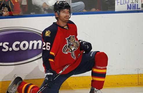 НХЛ. Самуэльссон вернулся в Детройт