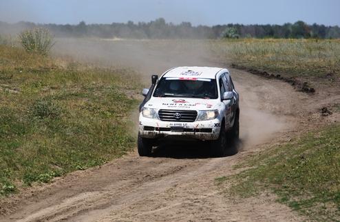Команда SIXT UKRAINE сходит с ралли Шелковый путь 2012