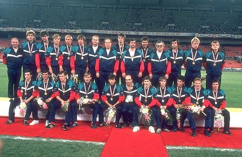 Футбол и Олимпийские Игры: история