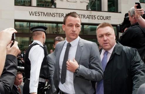 Терри отрицает обвинения ФА
