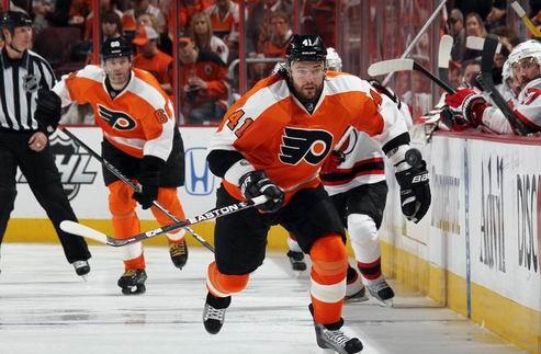 НХЛ. Филадельфия теряет защитника