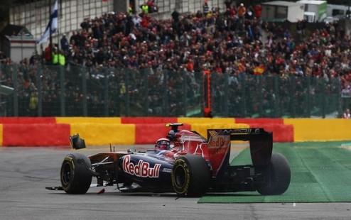 Формула-1. Тысячи болельщиков могут потерять свои места на гонке в Спа
